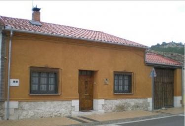 Casa Rural los Aperos - Santibañez De Valcorba, Valladolid