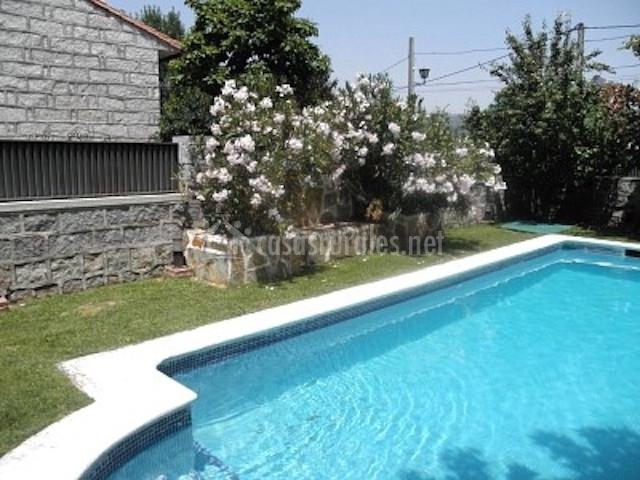 Casa rural sierra de gredos en navaluenga vila for Casa rural avila piscina