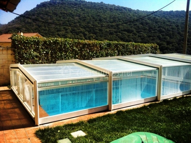 Casa rural erbioz en lezaun navarra for Casa rural piscina climatizada interior