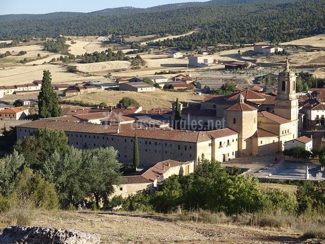 El cipr s casas rurales en santo domingo de silos burgos - Casa rural santo domingo de silos ...