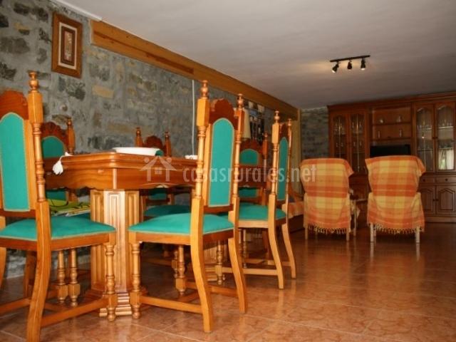 Sala De Estar Y Comedor ~ de estar con sillones naranjas sala de estar y comedor