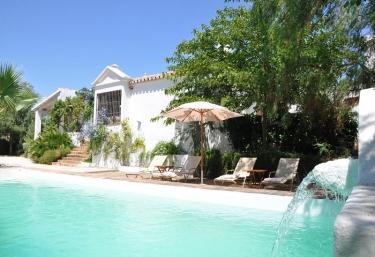 Cortijo Capellanía - Yunquera, Malaga