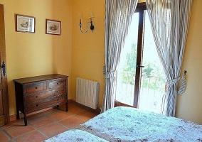 Vistas del entorno desde el dormitorio - Casa Yunquera