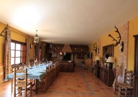 Comedor con decorado campestre