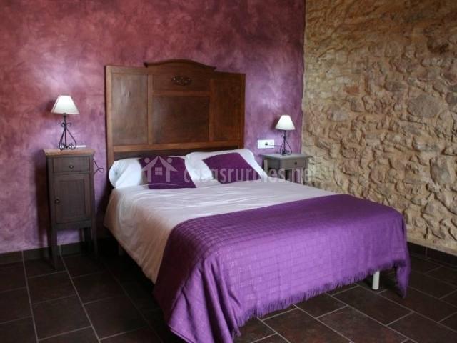 Els cups en sant vicen de calders tarragona - Dormitorio malva ...