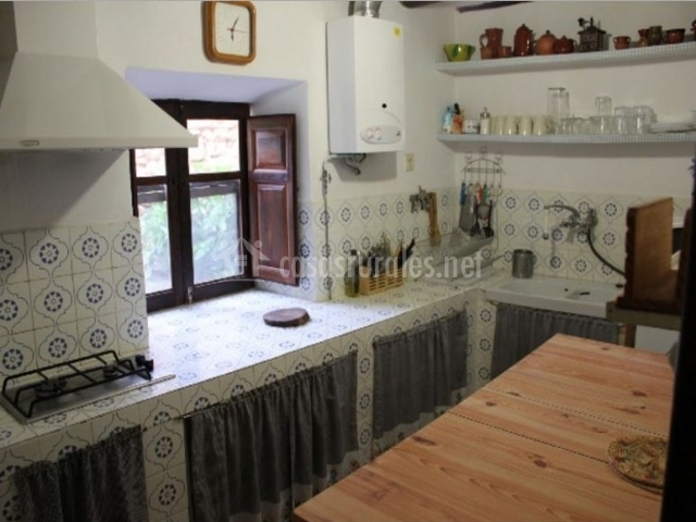 Laguna de gallocanta en las cuerlas zaragoza for Mesas cocina zaragoza