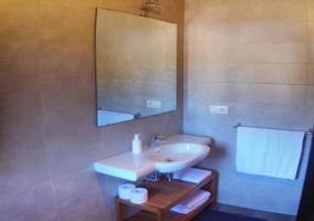 Baño dormitorio de matrimonio