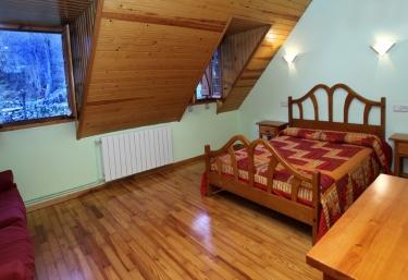 Casa Hortal. Habitación doble - Barruera, Lleida