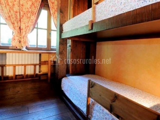 Dormitorio para 4 con literas
