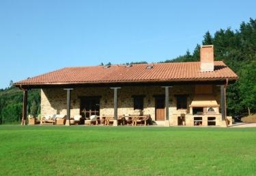 Caserio Butron - Butron, Vizcaya
