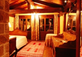 Dormitorio de matrimonio amplio principal