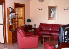 Sala de estar con espacio para la lectura