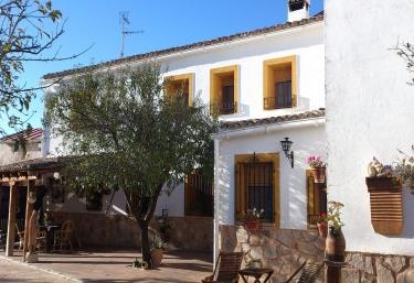Casa Rural El Almendro - Rozalen Del Monte, Cuenca