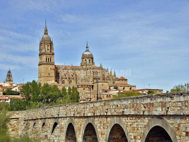 Puente Romano Matrimonio : El balcón de isabel casas rurales en calvarrasa abajo