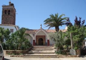 Iglesia de San Miguel en Valdecaballeros