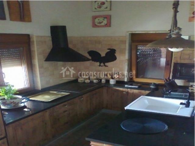 Altanera casa rural en serradilla del llano salamanca - Cocina casa rural ...