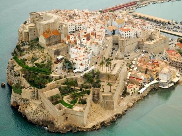 Casas del castillo a casas rurales en pe iscola castell n - Casa rural peniscola ...