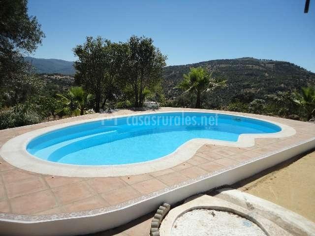Casa rural 20 pilares casas rurales en ubrique c diz for Alojamiento con piscina