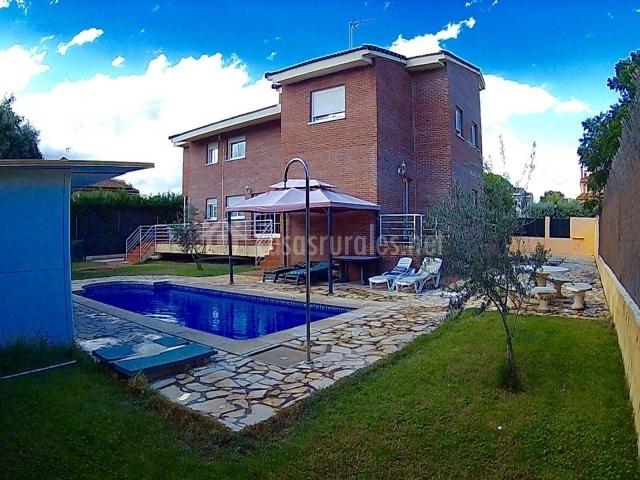 Villa pilara en brunete madrid - Casa rurales en madrid ...