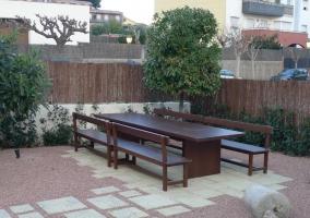 6 Mesa en el jardin