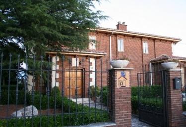 La Casa De Los Frailes - La Horra, Burgos