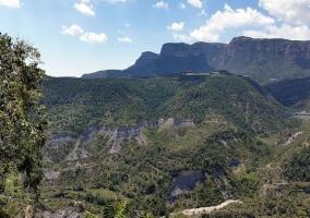 Paisaje montañoso desde el pueblp