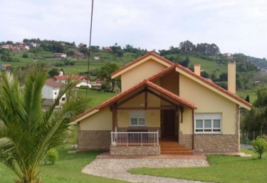 Chalet en La Huertona - Ribadesella, Asturias