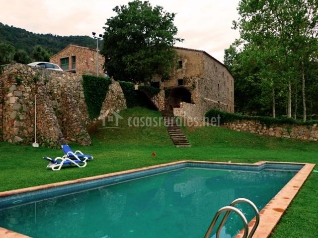 Casa la cort casas rurales en calonge girona for Casa rural girona piscina