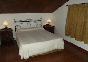 Dormitorio cuadruple de la casa rural