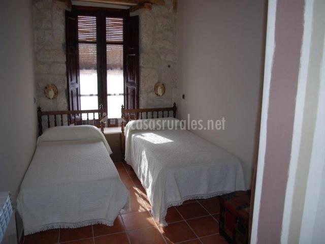 Habitación El Valle con dos camas