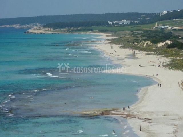 Alaior con la playa de Son Bou