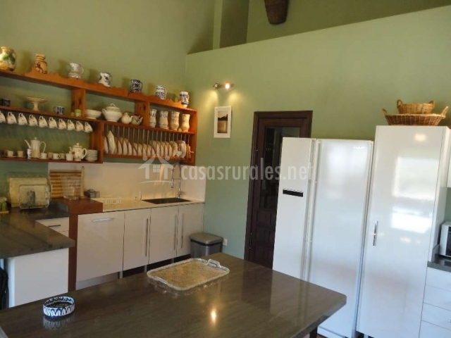 Mesa central de la cocina