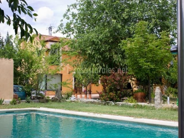 Casa las eras i navaluenga en navaluenga vila for Casa rural avila piscina