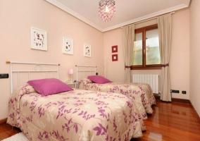Dormitorio doble en rosa