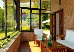 Vistas del porche acristalado con buenas vistas