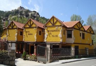 Hotel Rural El Yelmo - Manzanares El Real, Madrid