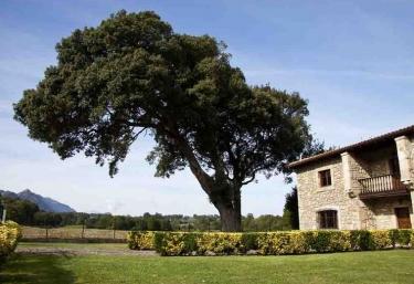 Casa de Aldea La Piniella - Villahormes, Asturias