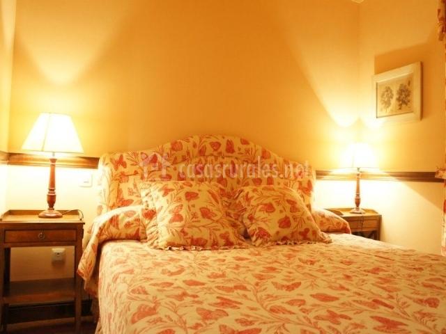 Casa villena en segovia capital segovia - Cojines cama matrimonio ...