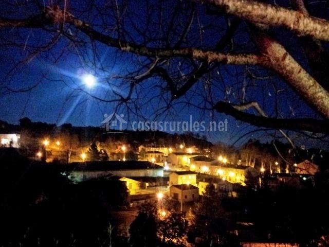Alpens por la noche