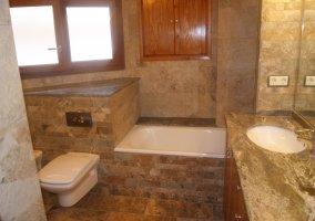 Bañera de la casa rural