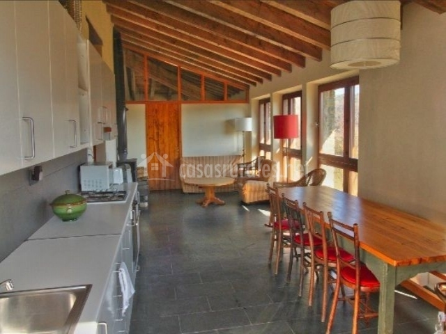 El soler rural casa rural en rupit barcelona - Casa rural en rupit i pruit ...