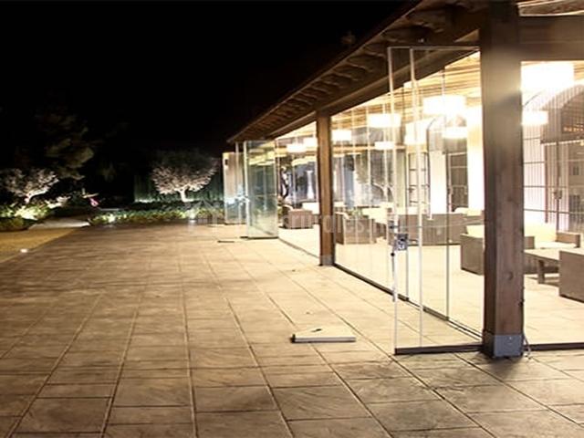Zona de terraza cubierta