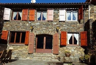 Cal Rellotger - Pardines, Girona