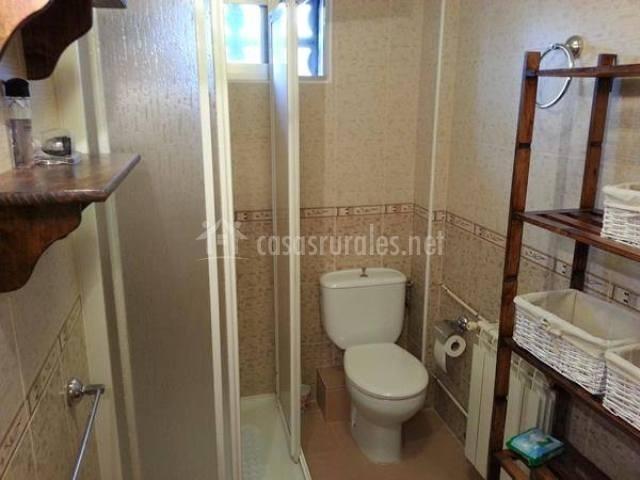 Casa rural jose o pequeno en villaverde de la abadia le n for Aseo con ducha pequeno