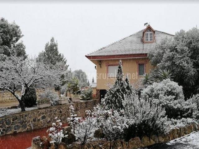Vistas de la casa nevada