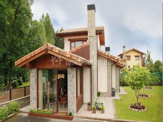 La gaveta en llanes asturias for Casa jardin asturias