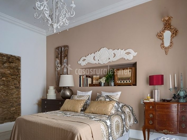 Casa rural el port n en aldeacentenera c ceres - Dormitorio estilo colonial ...