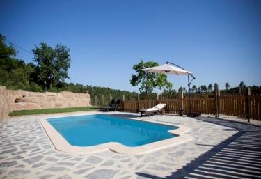 11 casas rurales con piscina en nav s - Casas rurales lleida piscina ...
