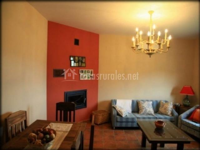 Casa rural anida en valdelageve salamanca - Casa rural con chimenea en la habitacion ...