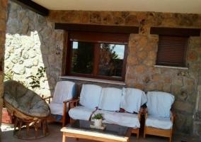 Vistas del porche con sillas